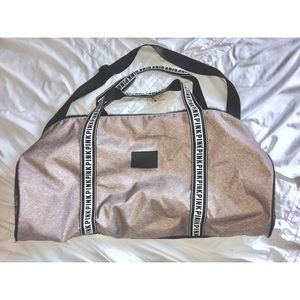 💗NWTVictoria Secret PINK Duffel Bag
